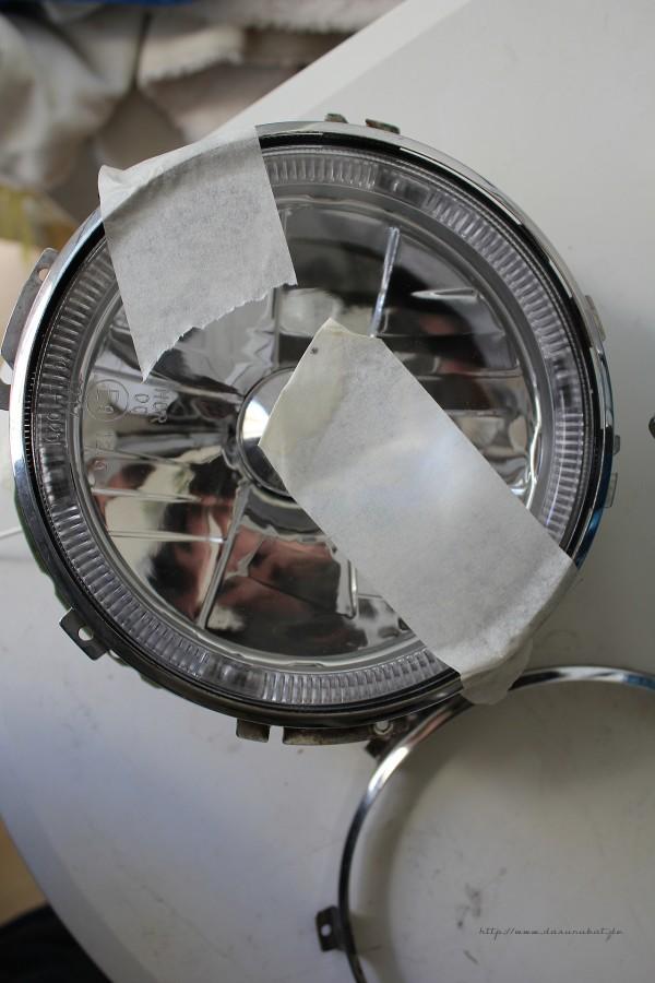 Golf 1 Klarglasscheinwerfer wird an Mini Chromring angepasst.