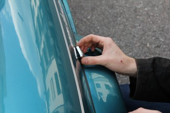Rover Mini Xn - Seitenblinker einsetzen mit Chromkappe