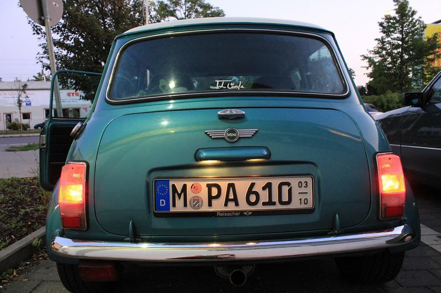 Rover Mini Xn - fertiger Rückleuchten Birnenwechsel