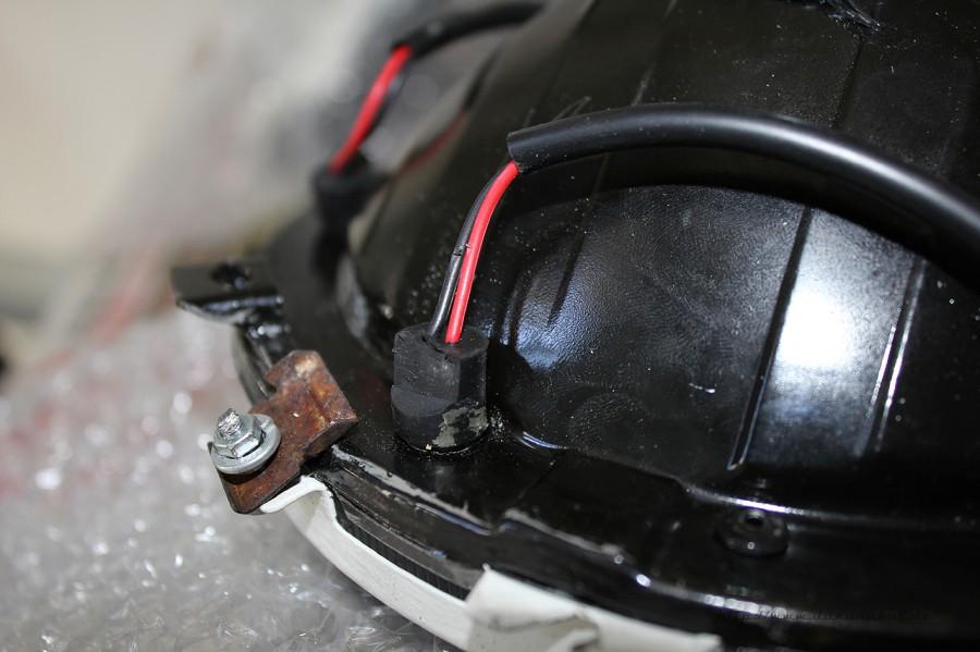 Rover Mini xn - vorbereitete VW Scheinwerfer abgenippelt