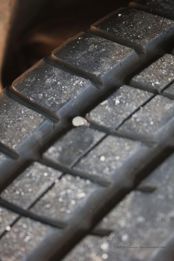 Rover Mini Xn - Schraube  oder Fremdkörper im Reifen