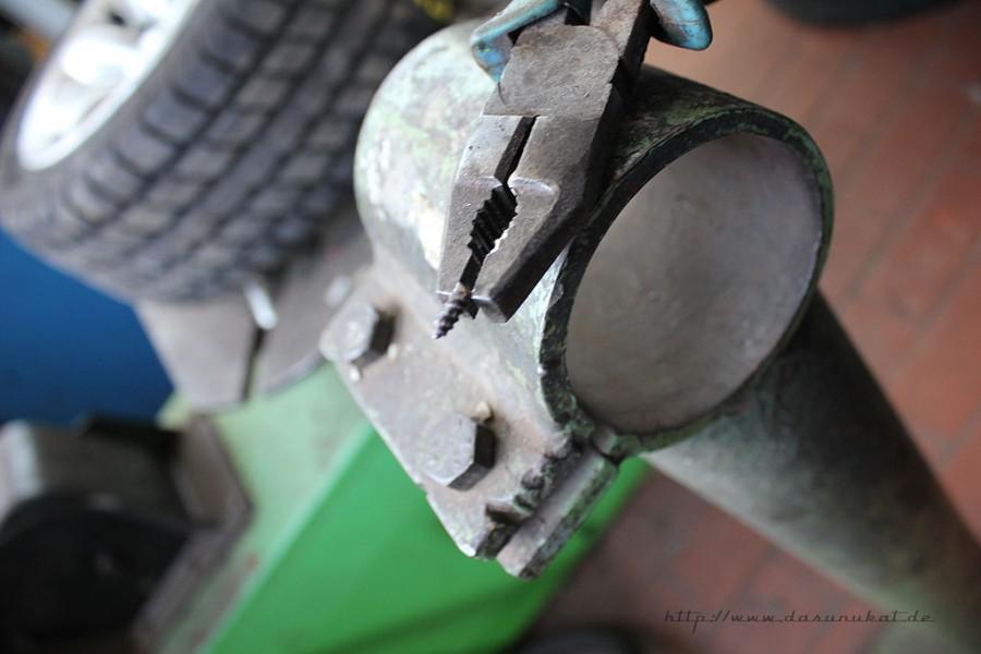 Rover Mini Xn - Fremdkörper aus Reifen entfernt