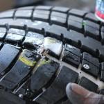 Rover Mini Xn - Reifen auf Dichtigkeit prüfen 1