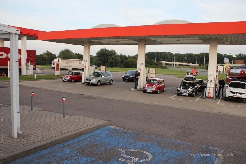 2014IMM bei einer Belgischen Tankstelle