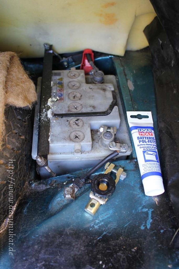 Bild vom vorbereiteten Batterietrennschalter